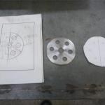 万能試験機スペーサーの制作